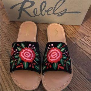 NIB Rebels Sandals 6.5